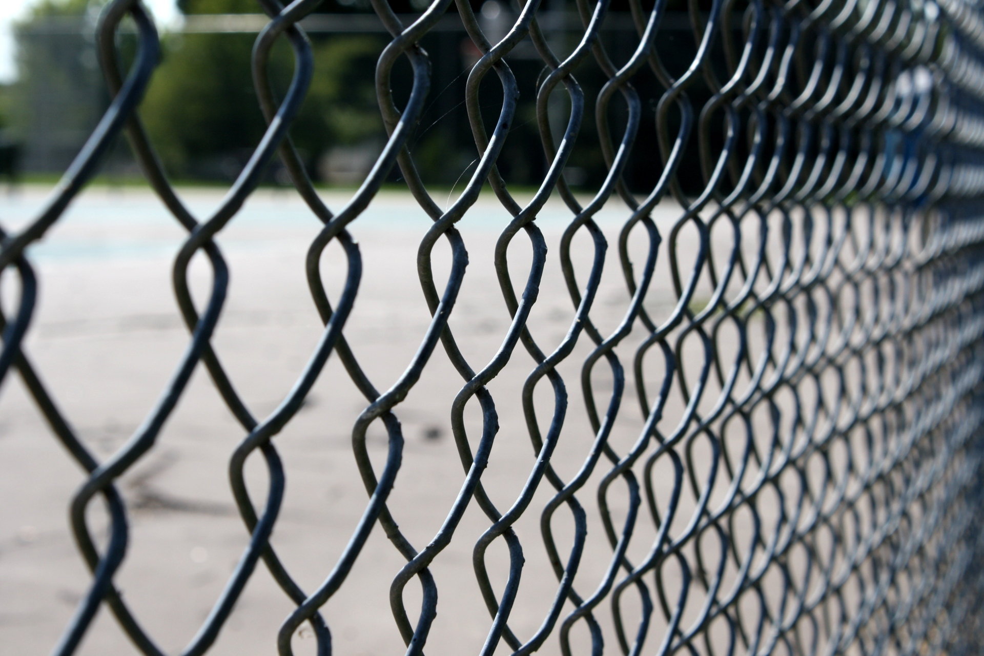 chain link fencing - DIY and Home Improvement Help and Advice