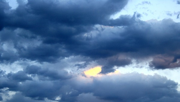 Free photograph of dark clouds in the sky