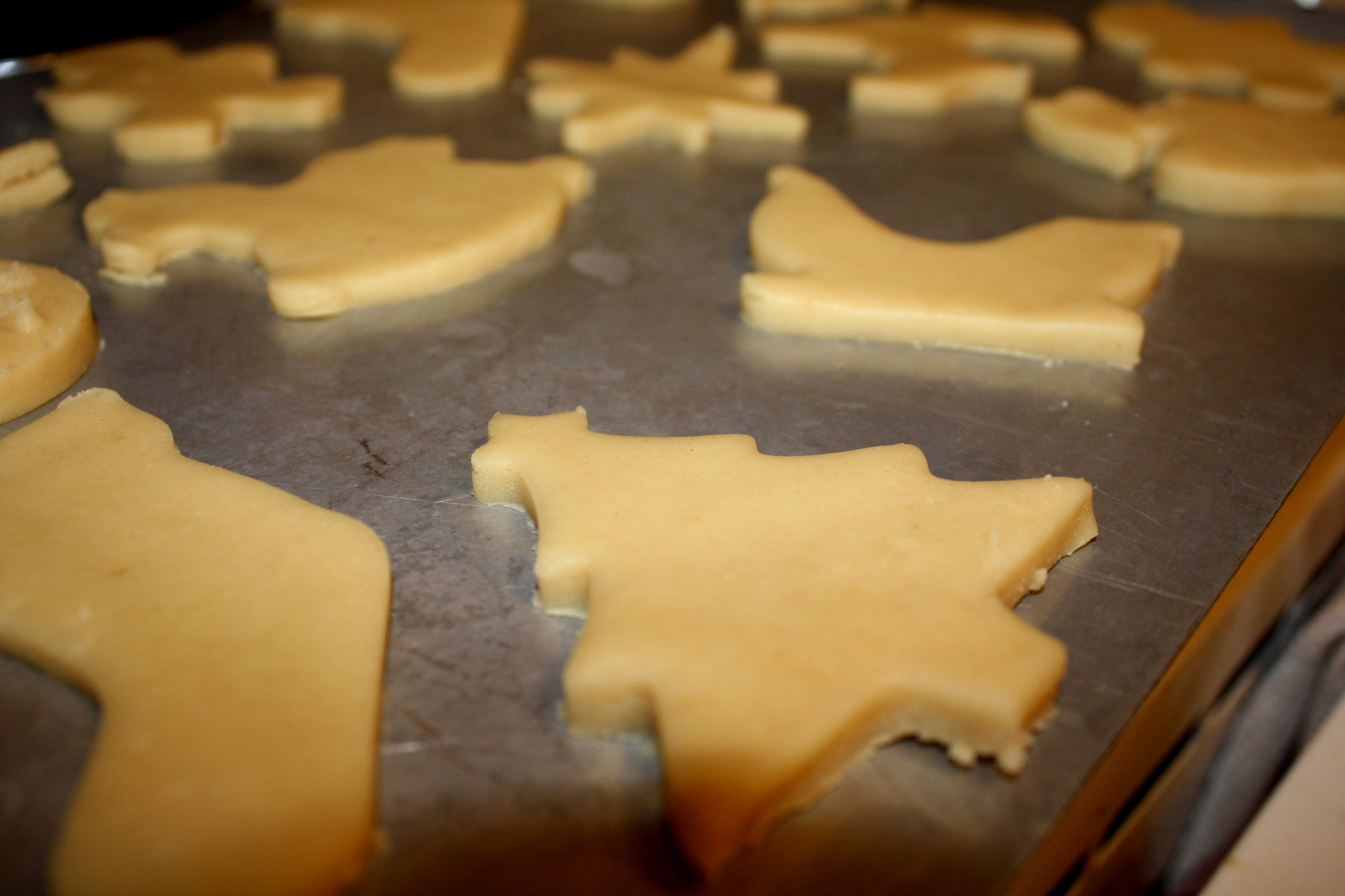 Christmas Cookies Ready to Bake Picture | Free Photograph | Photos ...