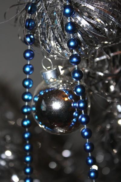 Silver Christmas Ornament - free high resolution photo
