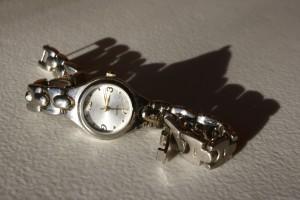 silver wrist watch - free high resolution photo