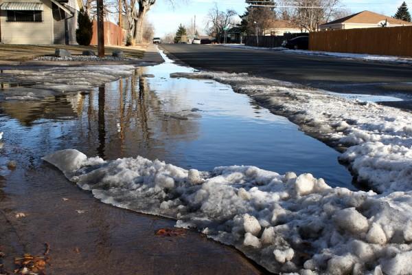 Flooded Street Corner - Free High Resolution Photo