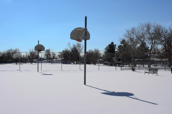 Snow Covered Outdoor Basketball Court - Free High Resolution Photo