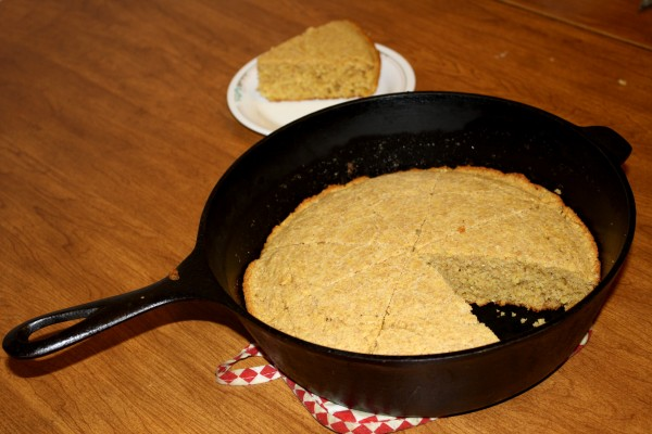Cornbread in Cast Iron Dutch Oven - Free High Resolution Photo