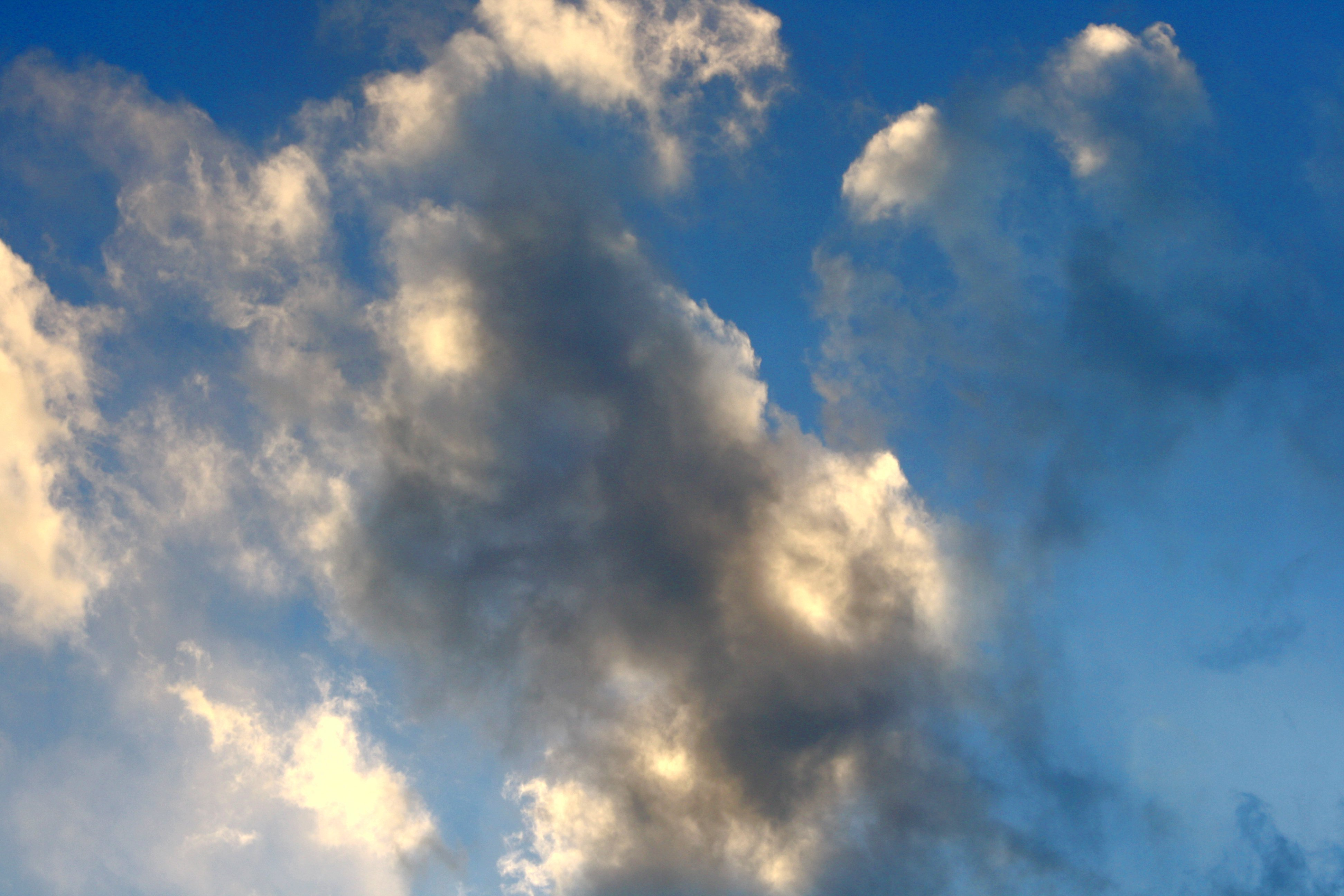Gray And White Clouds In Blue Sky Picture Free