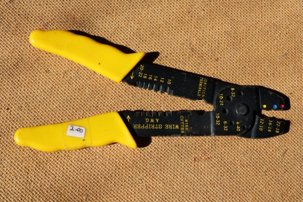 Wire Stripper with Yellow Handles - Free High Resolution Photo