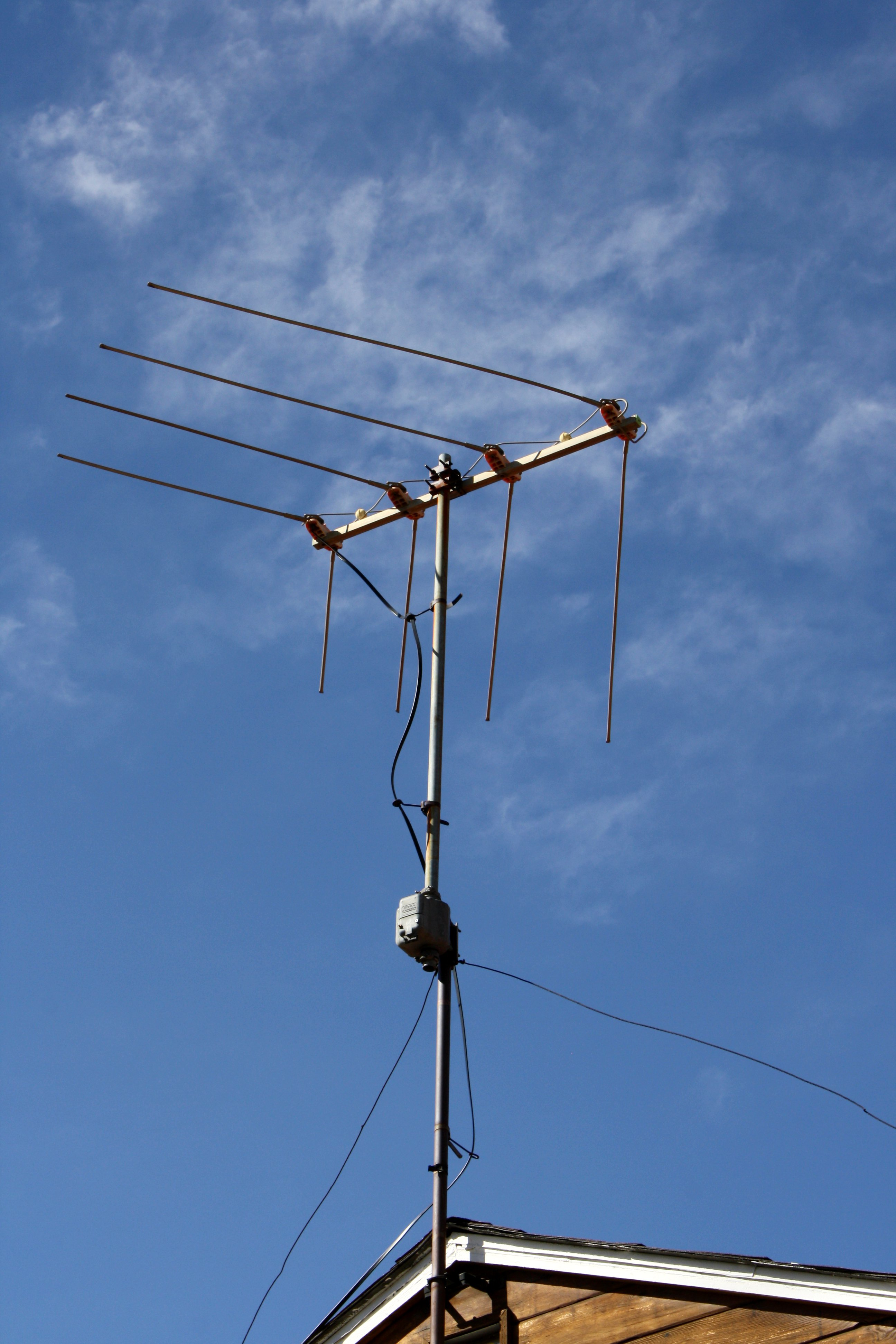 Rooftop Television Antenna Picture Free Photograph
