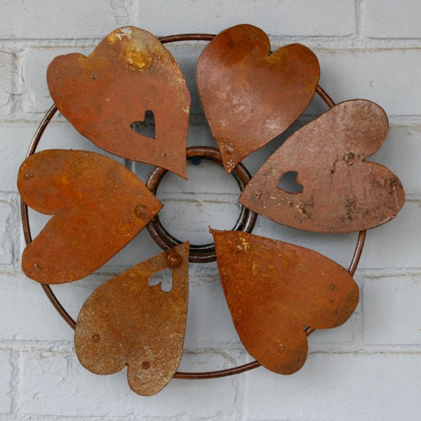 Rusted Metal Heart Wreath Decoration - Free High Resolution Photo