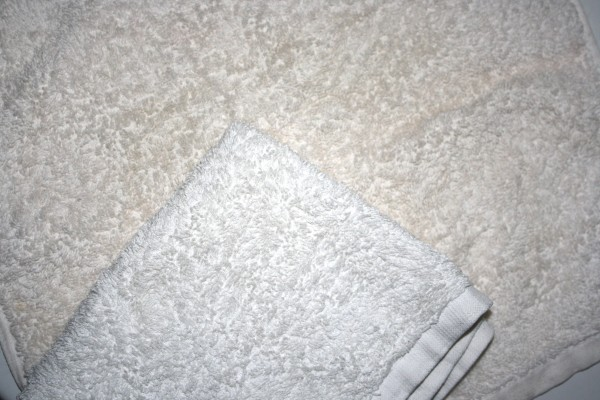 Clean vs. Dirty Towel Comparison - Free High Resolution Photo