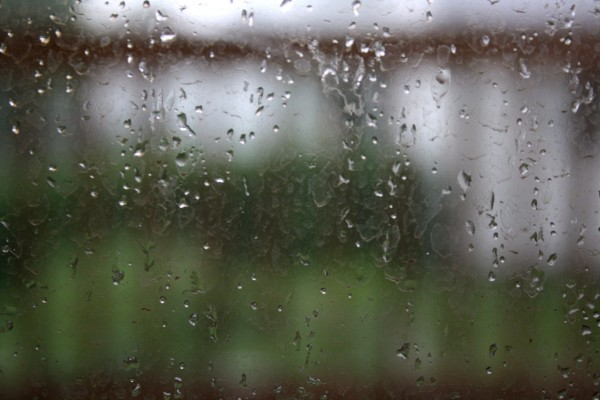 Raindrops on Window Pane - Free High Resolution Photo