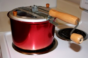Stovetop Popcorn Popper - Free High Resolution Photo