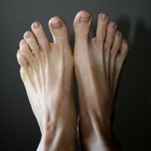 bare-feet-thumbnail