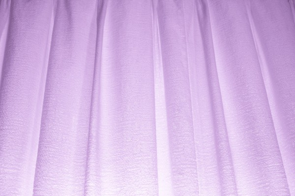 What color of curtains/draperies compliment well for a large