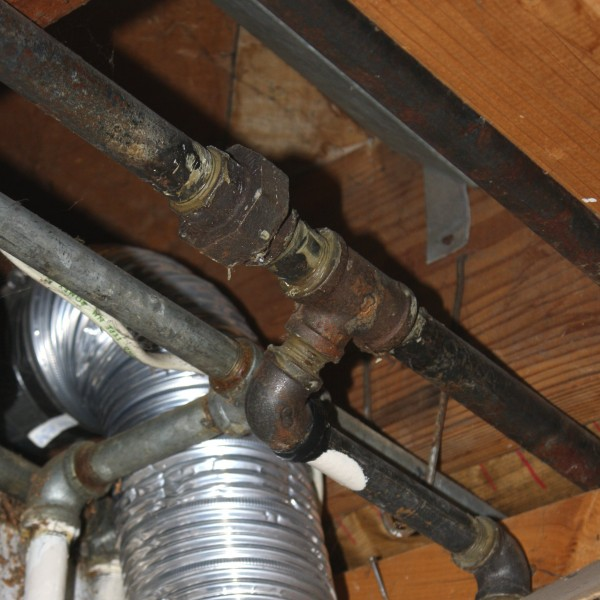Pipes and Flexible Dryer Vent Pipe - Free high resolution photo