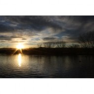 sun-setting-over-lake-thumbnail