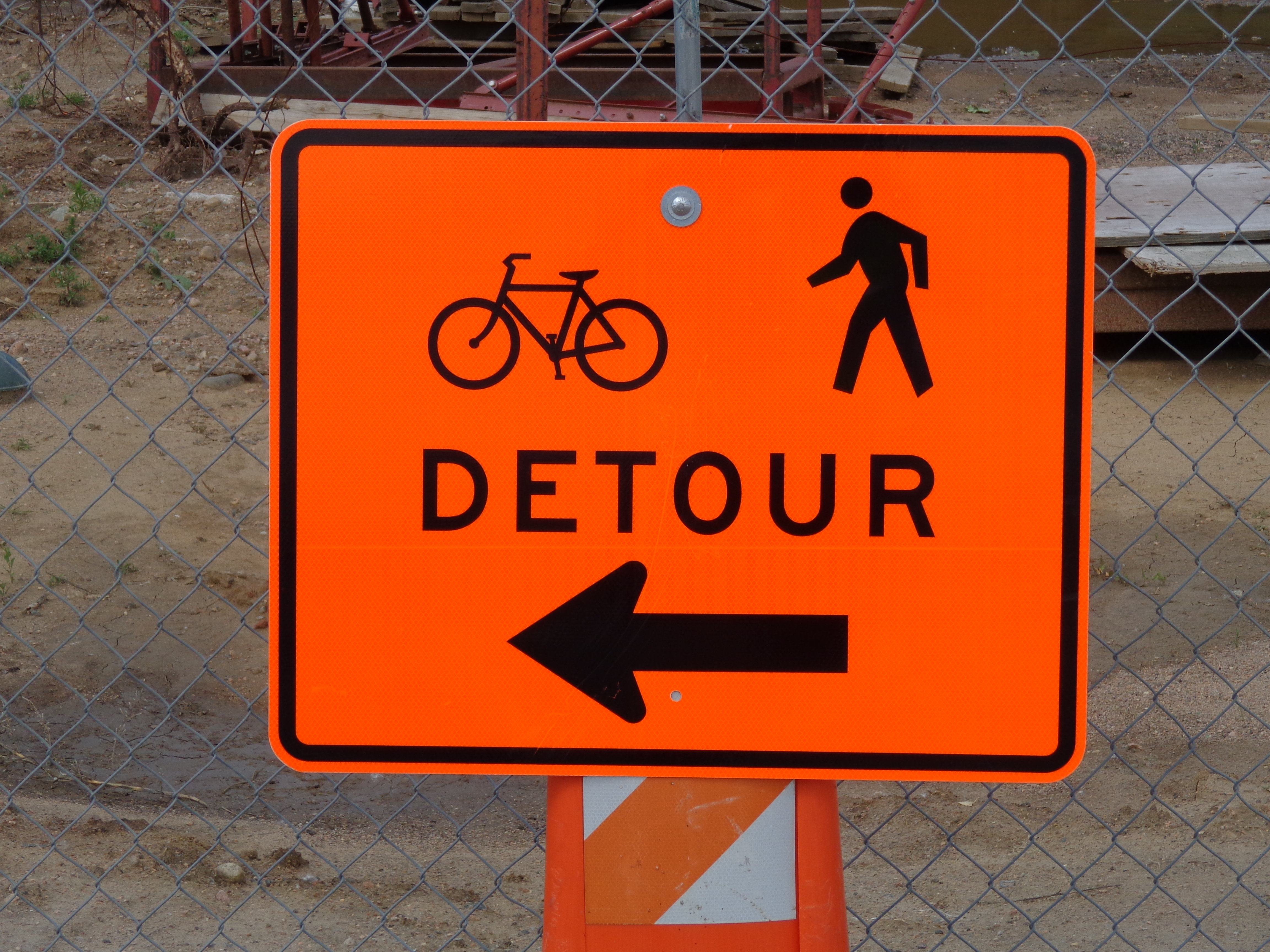 Bicycle And Pedestrian Detour Sign Picture Free