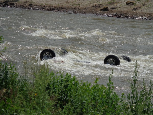 Car Upside Down Submerged in River - Free High Resolution Photo