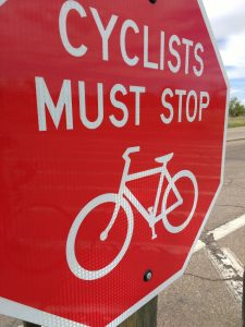 Cyclists Must Stop Sign - Free High Resolution Photo