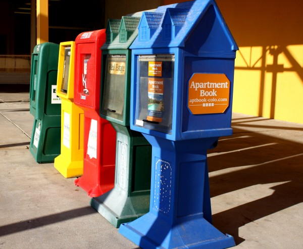 Free photo of give away newspaper boxes