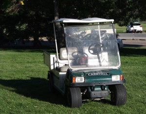 Free photo of a golf cart
