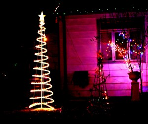 spiral Christmas tree and lights - free high resolution photo