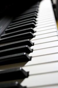 Electronic Piano Keyboard - Free High Resolution Photo