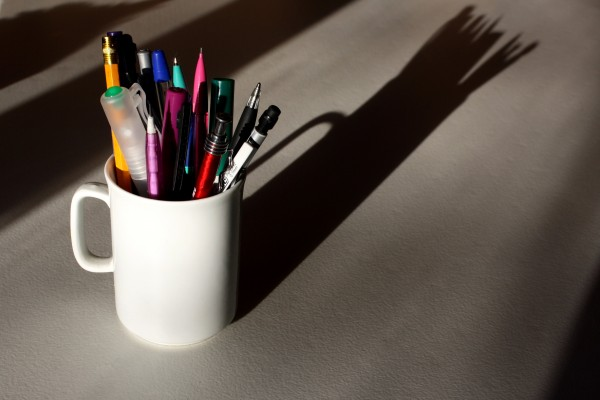 Mug pencil holder - free high resolution photo