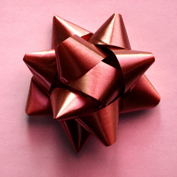 Red Bow on Pink Wrapping Paper - Free High Resolution Photo