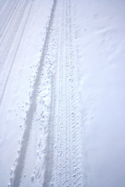 Tire Tracks in Snow - Free High Resolution Photo
