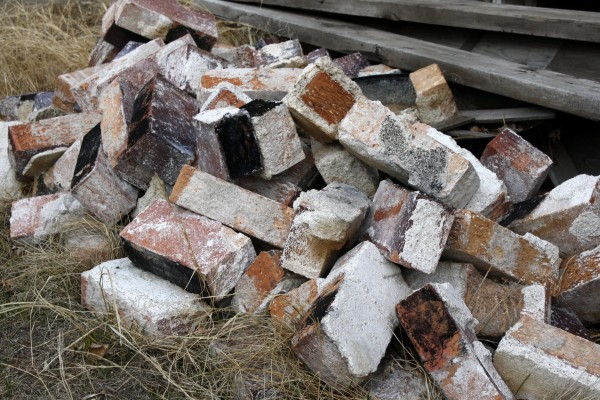 Pile of Old Bricks - Free High Resolution Photo