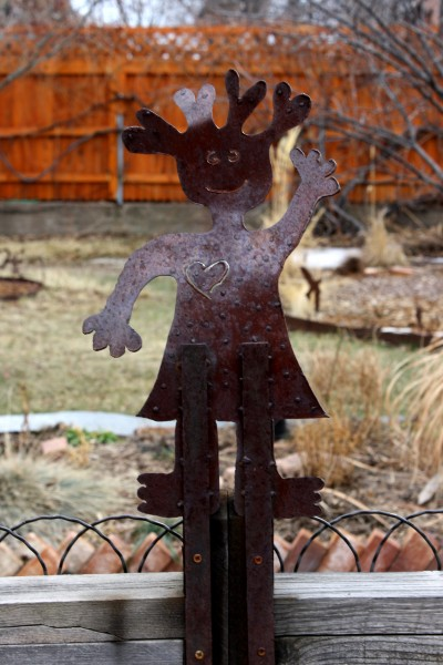 Waving Girl Rusted Metal Yard Sculpture - Free High Resolution Photo