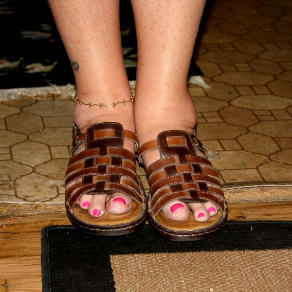 Feet with Painted Pink Toenails - Free High Resolution Photo
