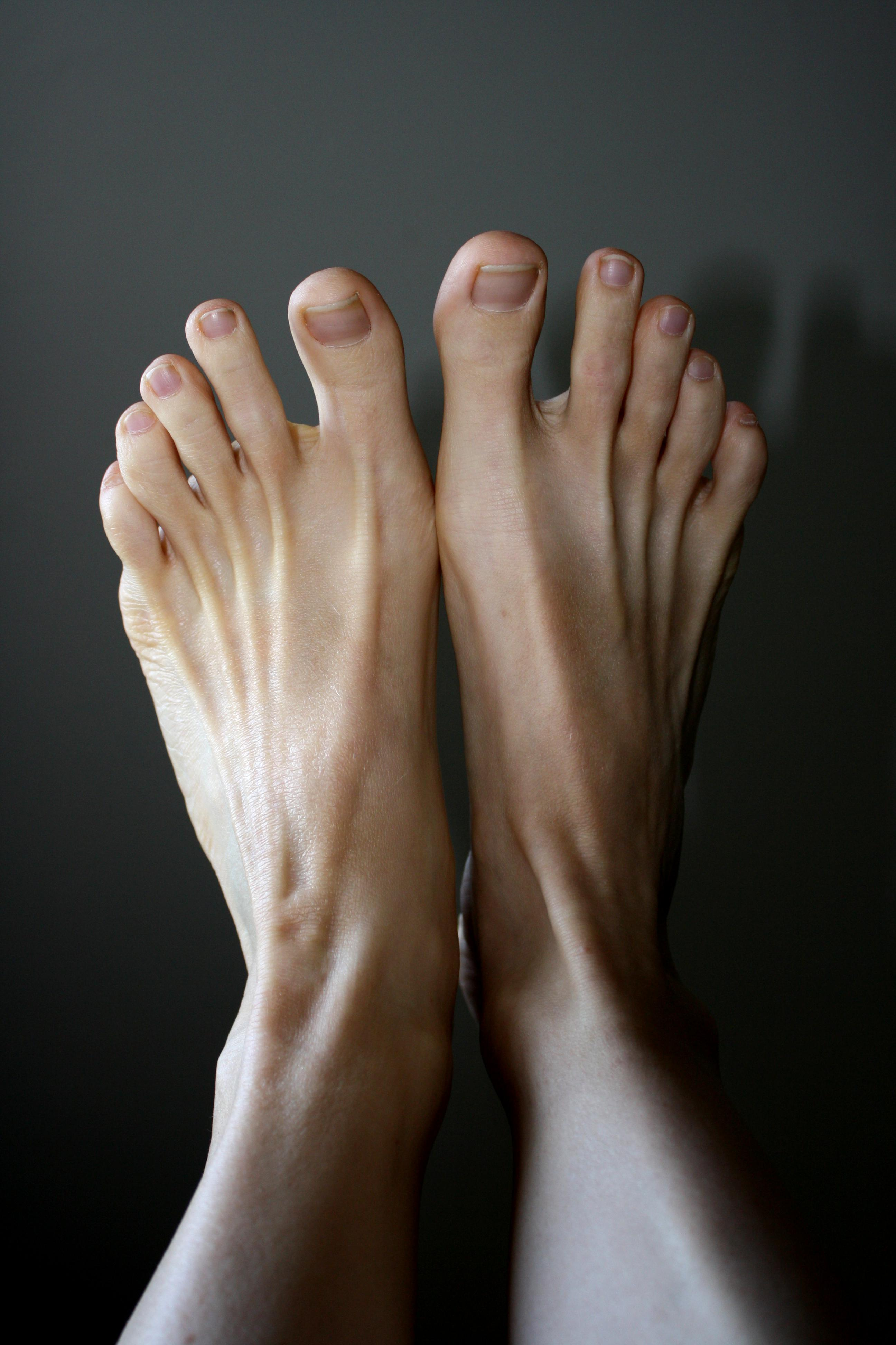and gallery Feet toes