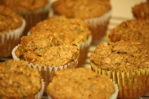 Muffins Cooling on Rack - Free High Resolution Photo