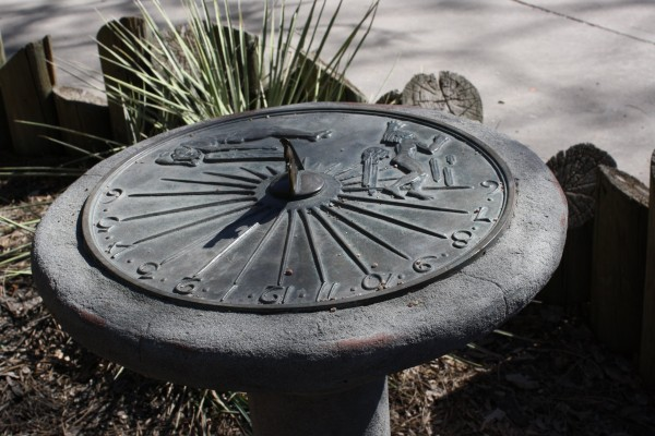 Sundial - Free High Resolution Photo