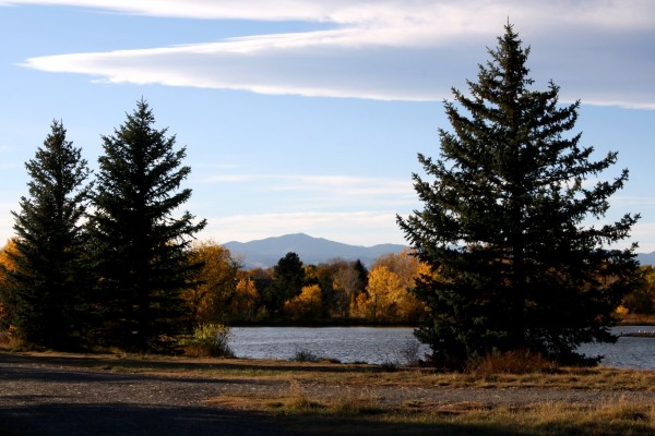 Autumn Landscape with Lake, Fall Trees & Mountains in the Background - Free High Resolution Photo