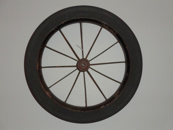 Wagon Wheel Decoration Hung on Wall - Free High Resolution Photo