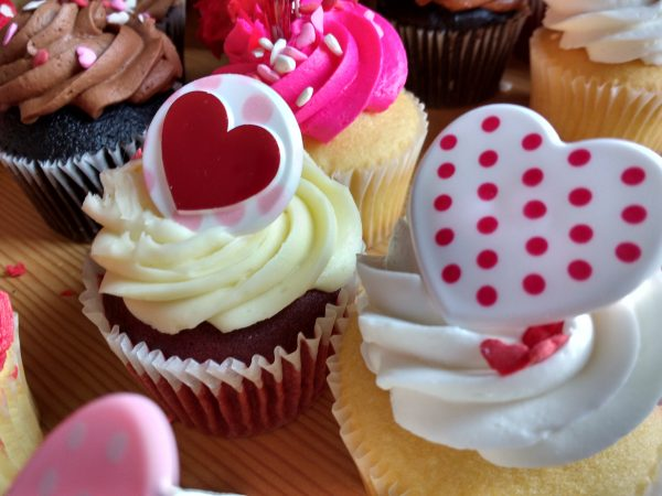Cupcakes with Hearts - Free High Resolution Photo