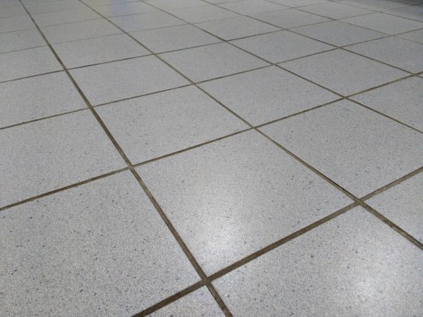 Ceramic Tile Floor - Free High Resolution Photo